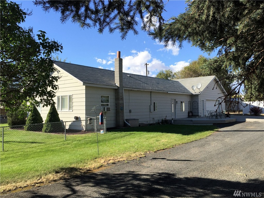 435 NE North Ave, Wilbur, WA 99185