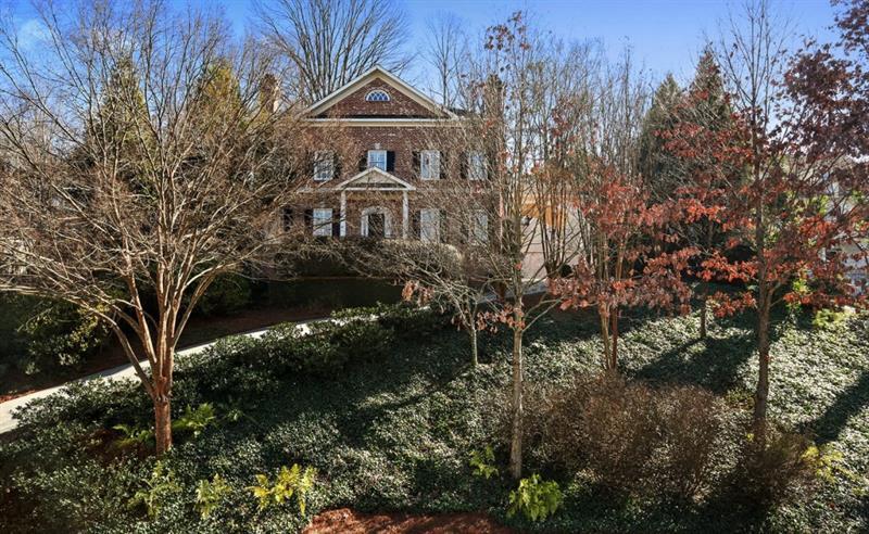 1174 Dawn View Lane, Atlanta, GA 30327