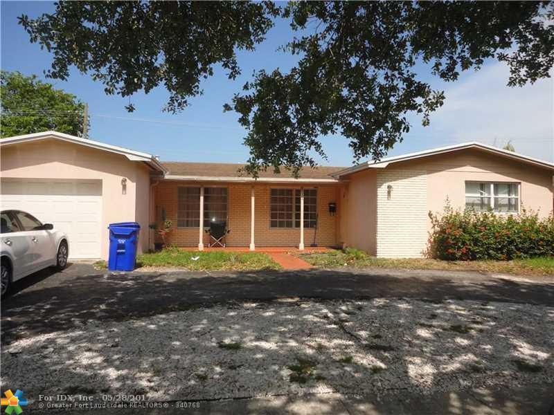 611 SW 70th Ave, Pembroke Pines, FL 33023