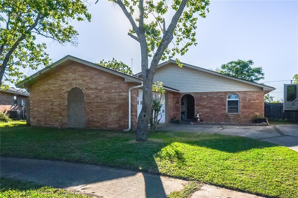 2459 Tallow Trail, Ingleside, TX 78362