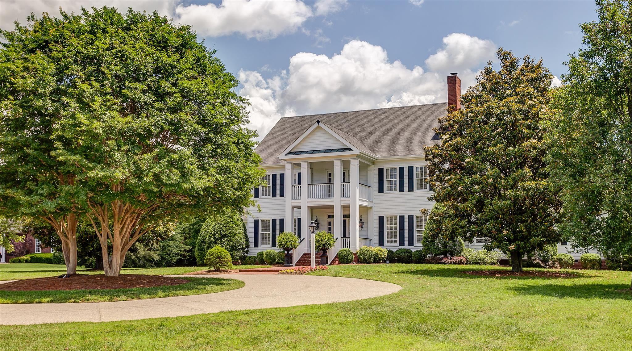 402 Granny White Pike, Brentwood, TN 37027