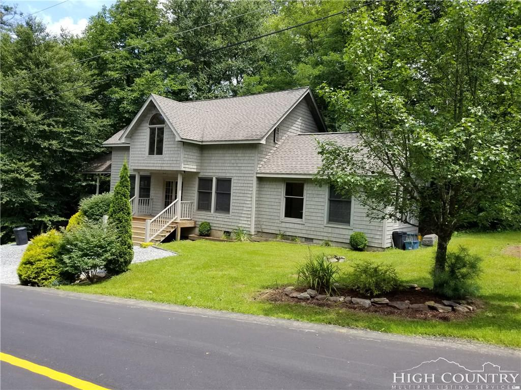 186 Country Club Lane, Blowing Rock, NC 28605