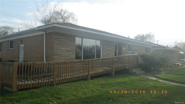 14031 OAK PARK BLVD, Oak Park, MI 48237