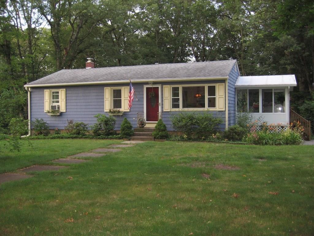 House with green roof coventry - 65 Sheltra Av Coventry Ri 02816