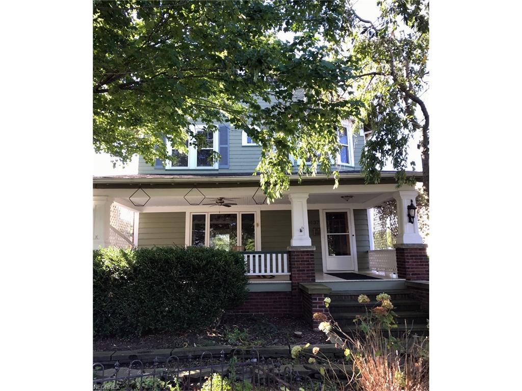 13437 Clifton Blvd, Lakewood, OH 44107