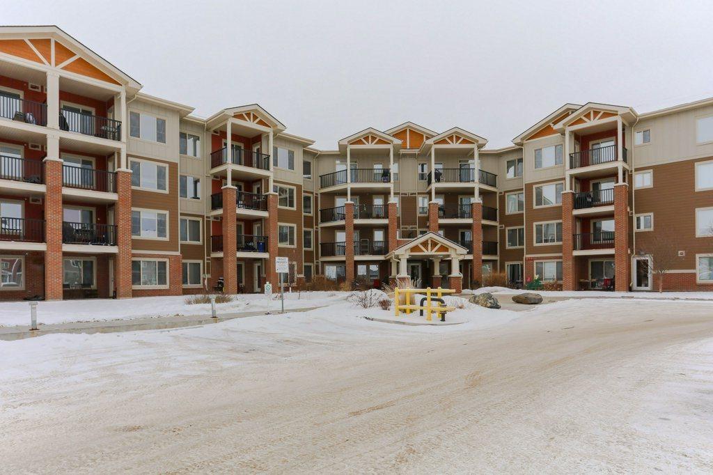 3719 WHITELAW Lane 112, Edmonton, AB T6W 2C3