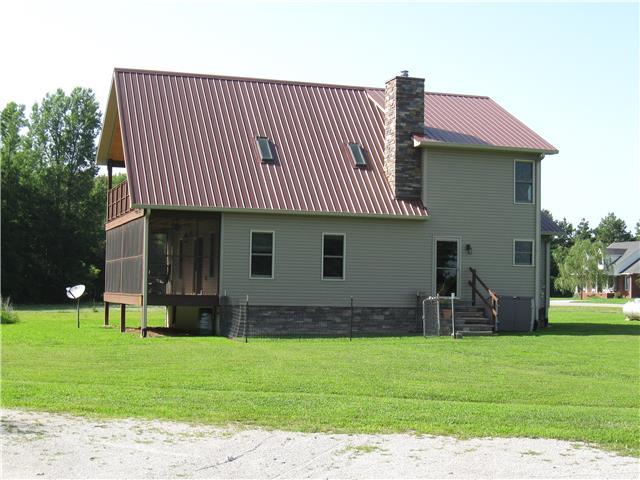 3155 Post Oak Rd, Belvidere, TN 37306