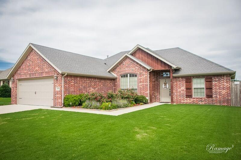 213 Ford ST, Lowell, AR 72745