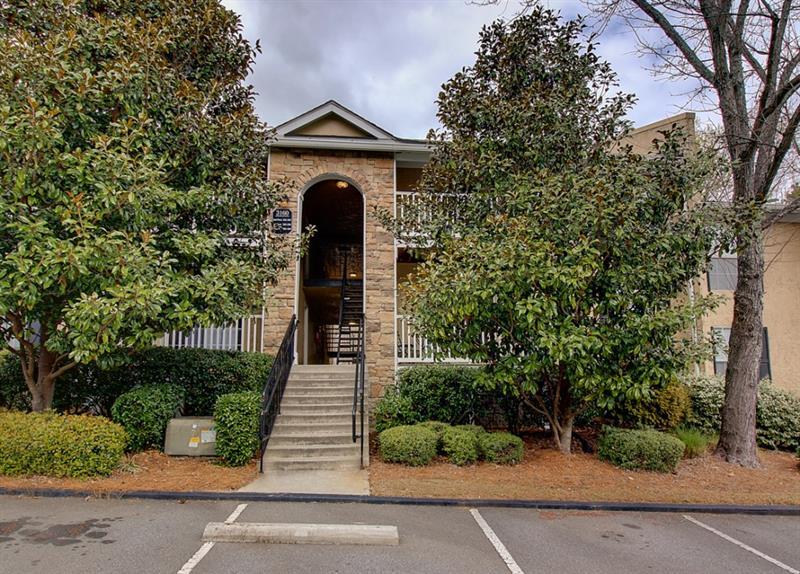 3160 Seven Pines Court 106, Atlanta, GA 30339