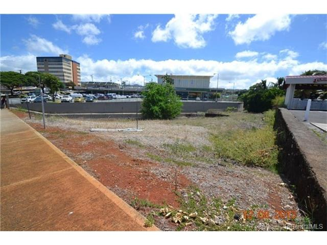 99-230 Moanalua Road, Aiea, HI 96701