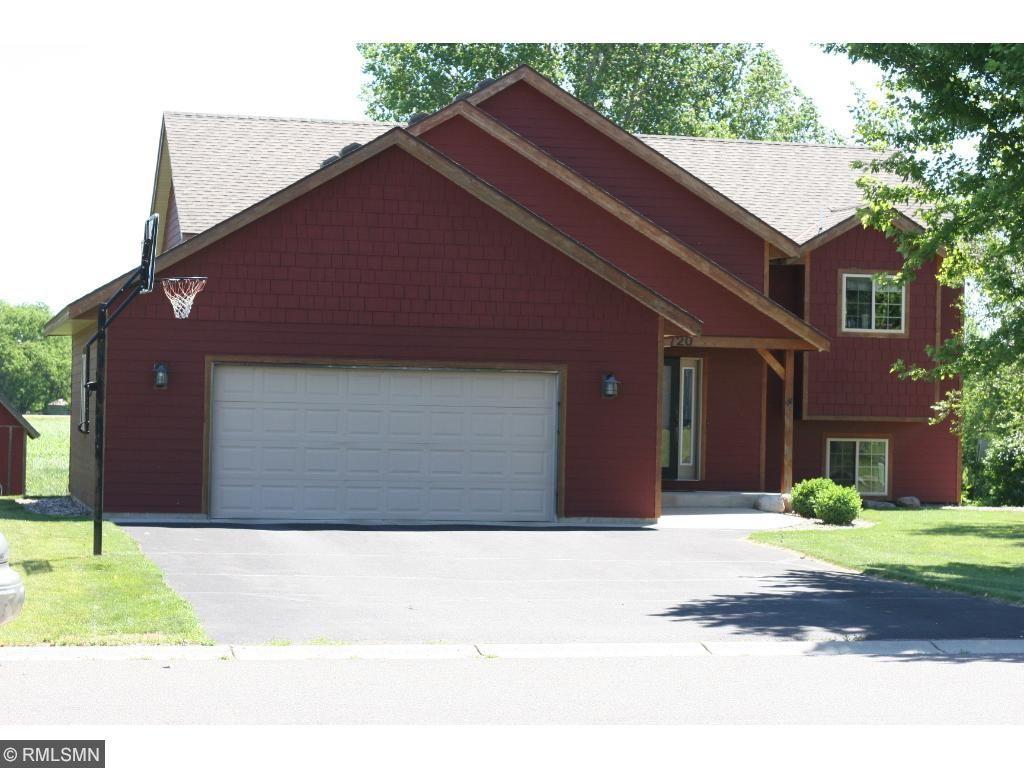 720 Cottonwood Avenue, Litchfield, MN 55355