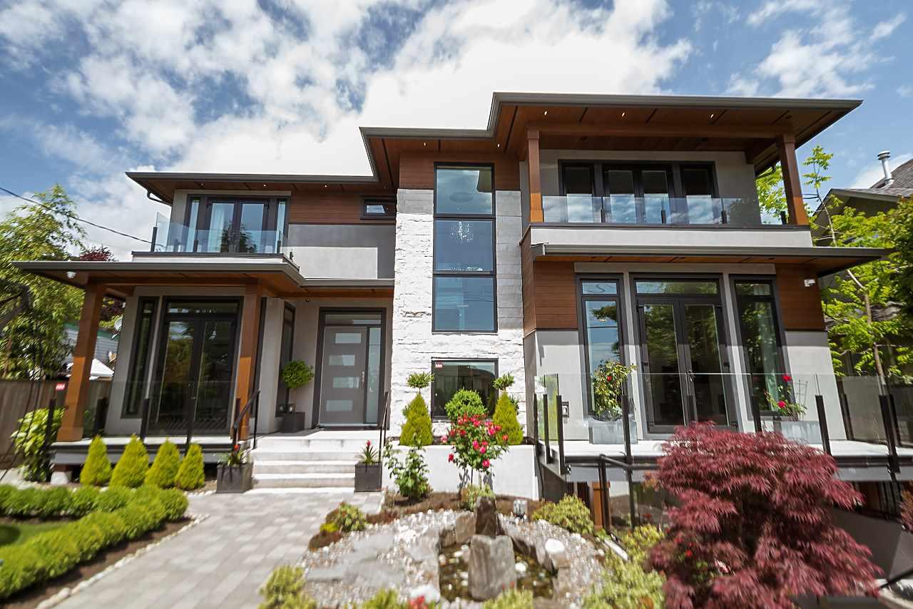 2459 LAWSON AVENUE, West Vancouver, BC V7V 2E7