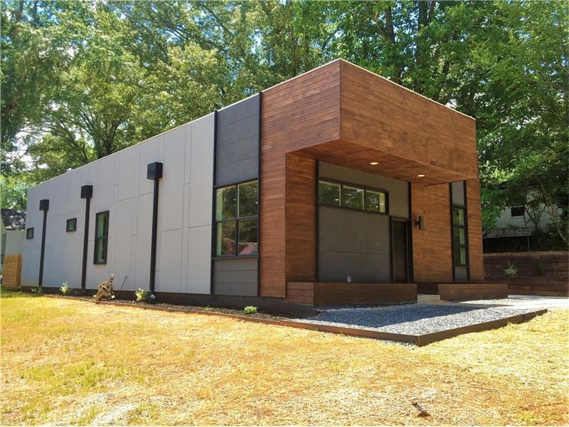 1661 SE Fairway Hill Drive, Atlanta, GA 30317