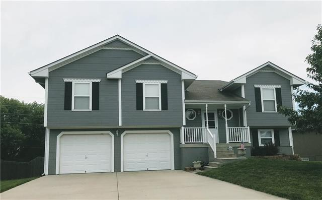 1407 NW Madison Court, Grain Valley, MO 64029
