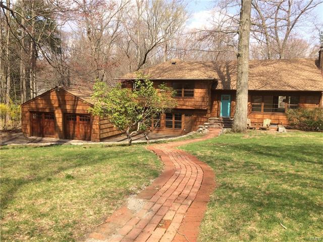 Newly updated rambling split level home, highly desirable location, Cul-De-Sac.  Updated Kitchen, Wolf stove, Sub-zero refrigerator and Bosch dishwasher.  Corner lot overlooking a brook with lots of trees and privacy.  All bathrooms have been updated, Hardwood floors refinished and new carpeting installed.  Animals are allowed and will keep the fence in the backyard if interested.  Minimum one year lease, will consider multiple year lease.
