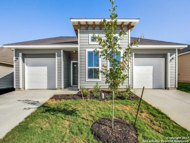 132 LARK HILL RD, Floresville, TX 78114