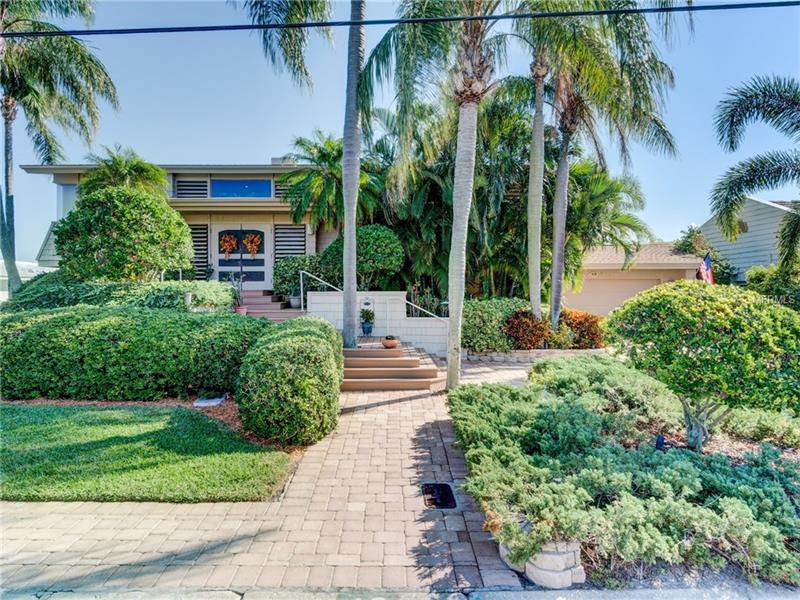 49 WINDWARD ISLAND, CLEARWATER BEACH, FL 33767