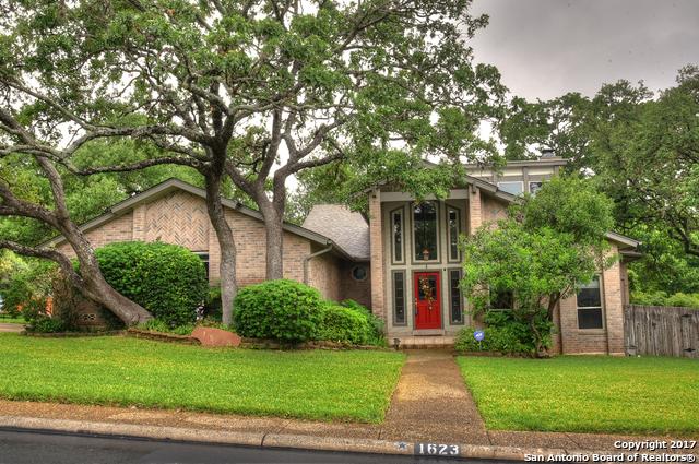 1623 DOE CRST, San Antonio, TX 78248