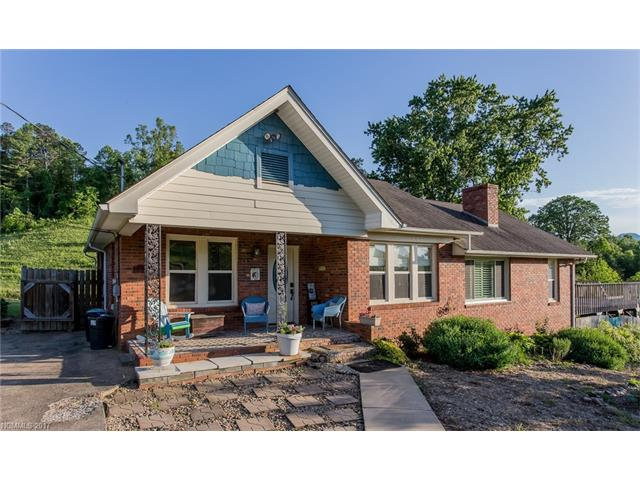 74 Gibbs Road, Leicester, NC 28748