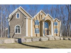 23 Winding Lane, Central Valley, NY 10917