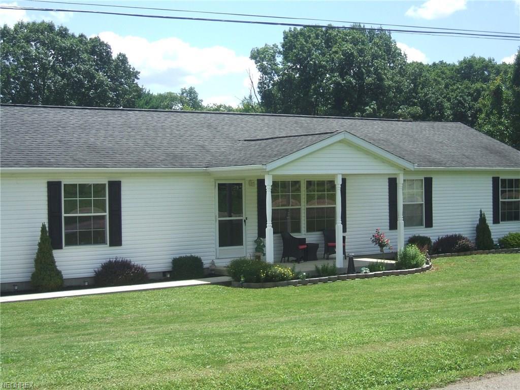 6520 Wilson Ln, Nashport, OH 43830