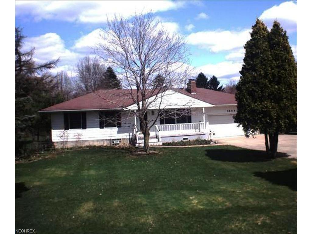 1384 Sunnyfield Ave NW, Warren, OH 44481