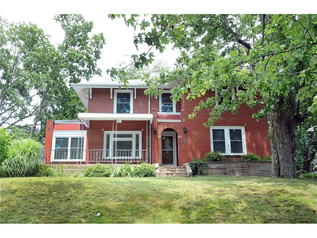 709 Wall Ave, Cambridge, OH 43725