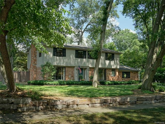 1260 Woodland Place, Plymouth, MI 48170