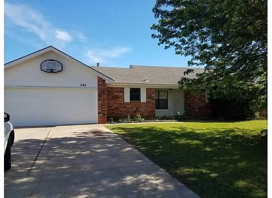 1142 W GRIGGS, Mustang, OK 73064