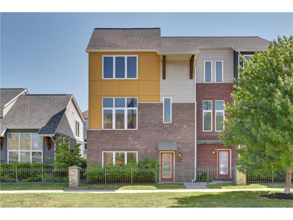 2268 Cityview Dr, Cleveland, OH 44113