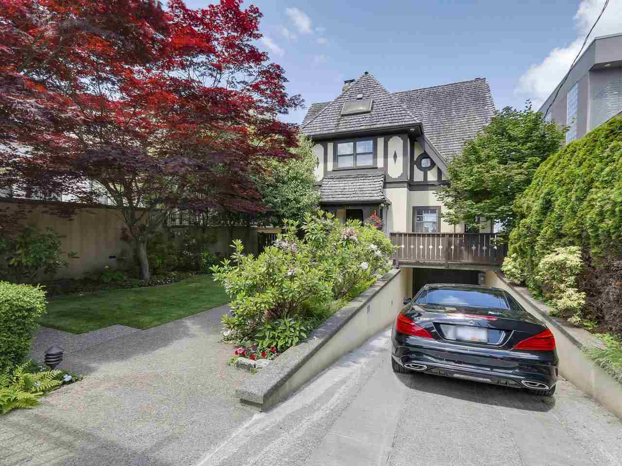 3415 POINT GREY ROAD, Vancouver, BC V6R 1A6