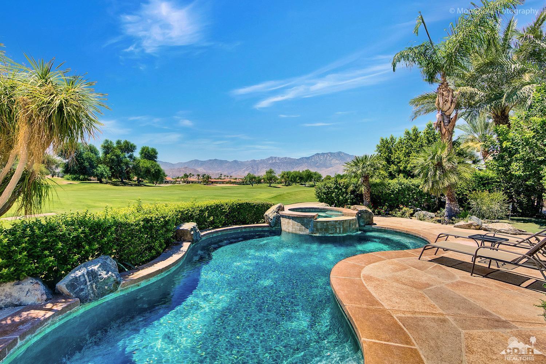 216 Loch Lomond Road, Rancho Mirage, CA 92270