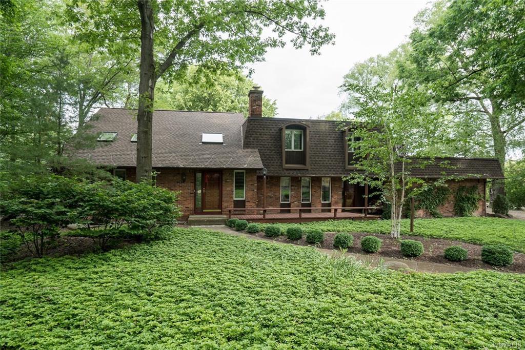 3 Brompton Woods, Amherst, NY 14221