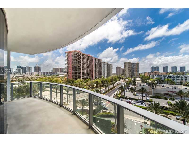 17475 Collins Ave 304, Sunny Isles Beach, FL 33160