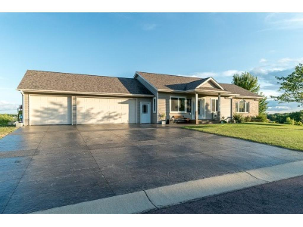 152 Shoreview Drive, Elysian, MN 56028