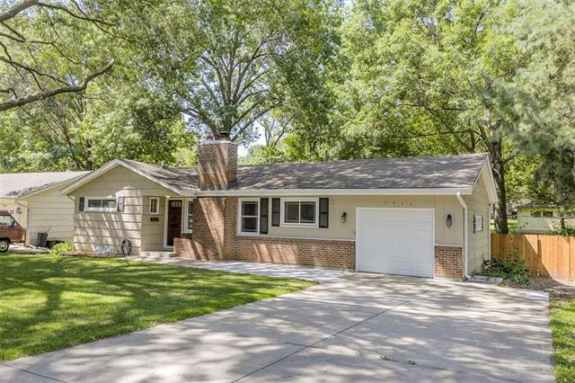 7712 MAPLE Street, Prairie Village, KS 66208