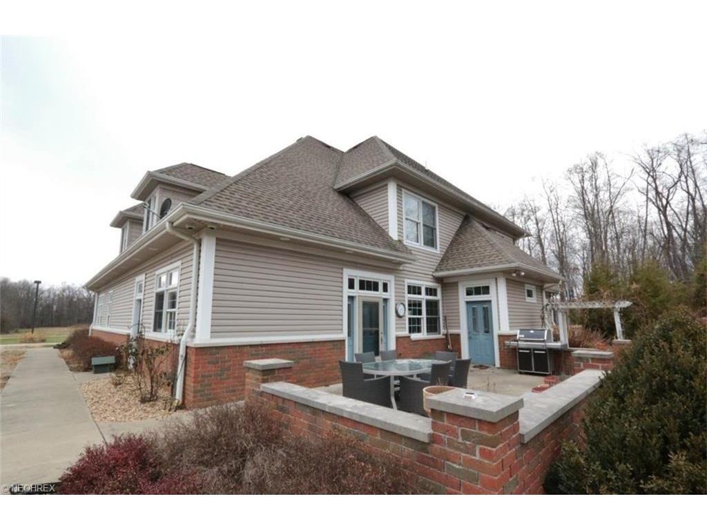 250 Hale Rd, Zanesville, OH 43701