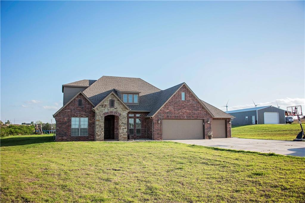 23982 E 1047 Road, Weatherford, OK 73096