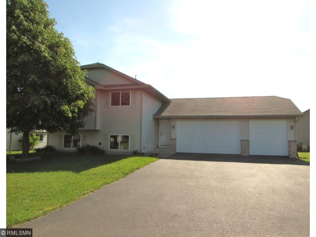 30881 Reflection Avenue, Shafer, MN 55074