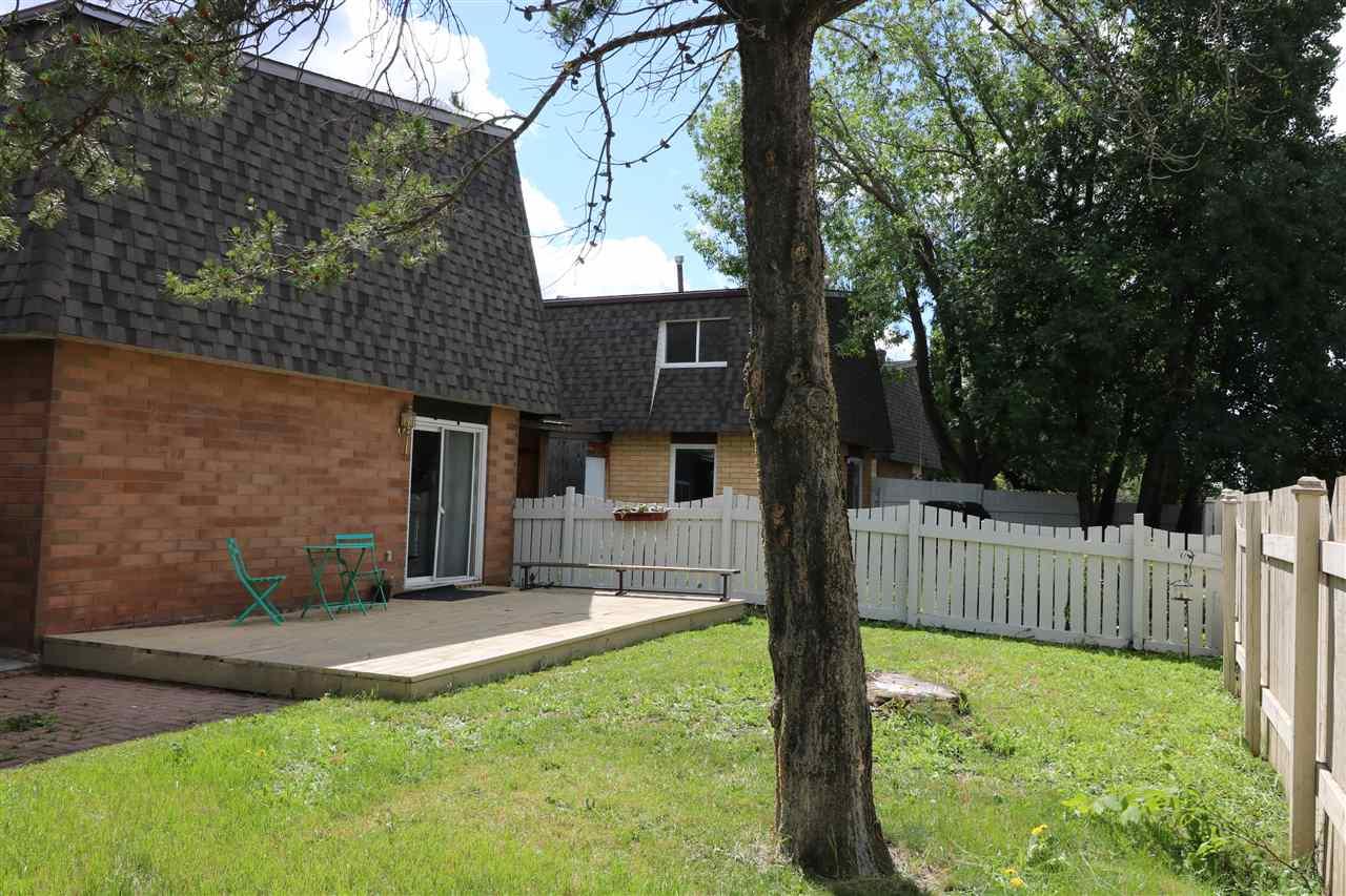 53 Greenfield Estates NW, St. Albert, AB T8N 2G2