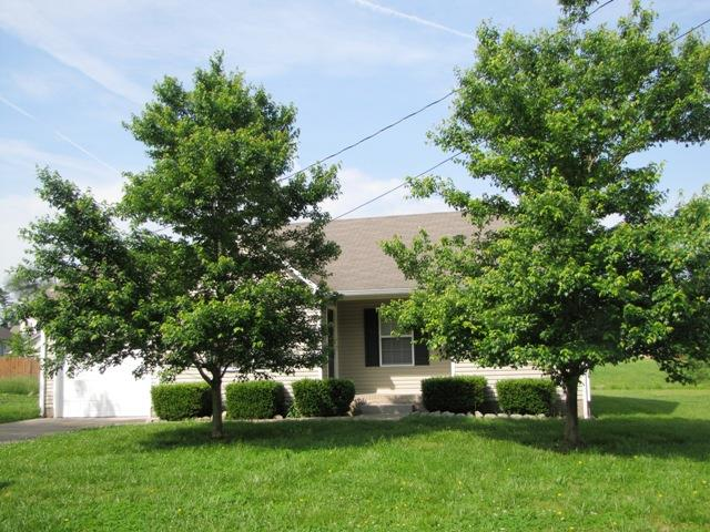 221 Grant Ave, Oak Grove, KY 42262