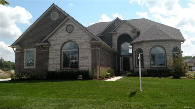 8870 SOFTAIL Lane, Shelby Twp, MI 48316