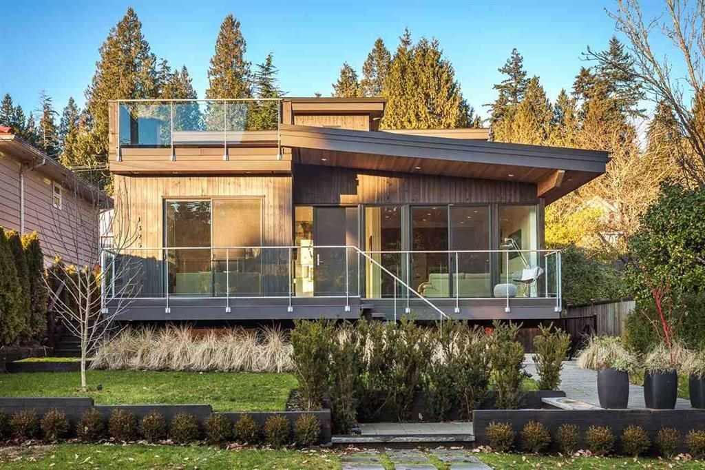 1325 LAWSON AVENUE, West Vancouver, BC V7T 2E6