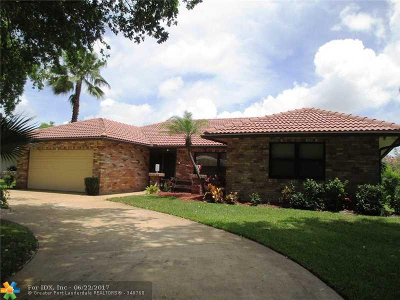10719 NW 17th Mnr, Coral Springs, FL 33071