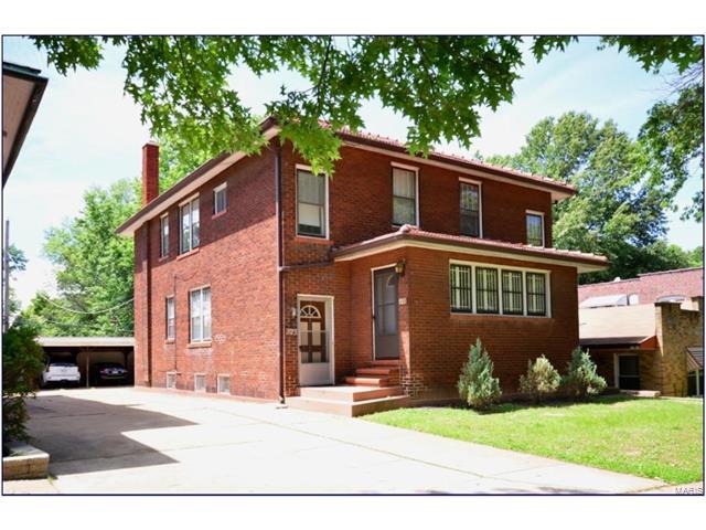 921 Concordia Lane, St Louis, MO 63105