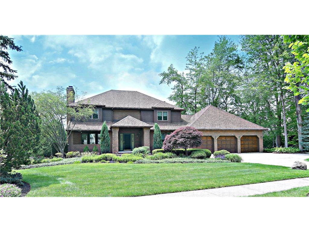 354 Lake Of The Woods Blvd, Akron, OH 44333