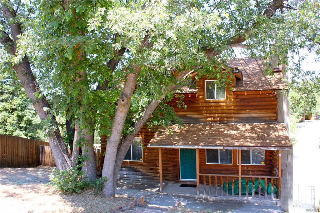 1136 Bruin Trail, Fawnskin, CA 92333