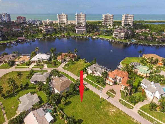 393 CENTURY 11, MARCO ISLAND, FL 34145