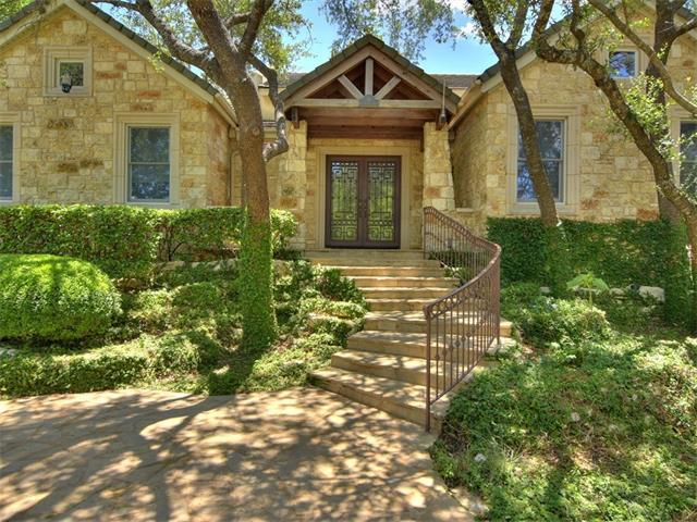 16 Club Estates Pkwy, The Hills, TX 78738