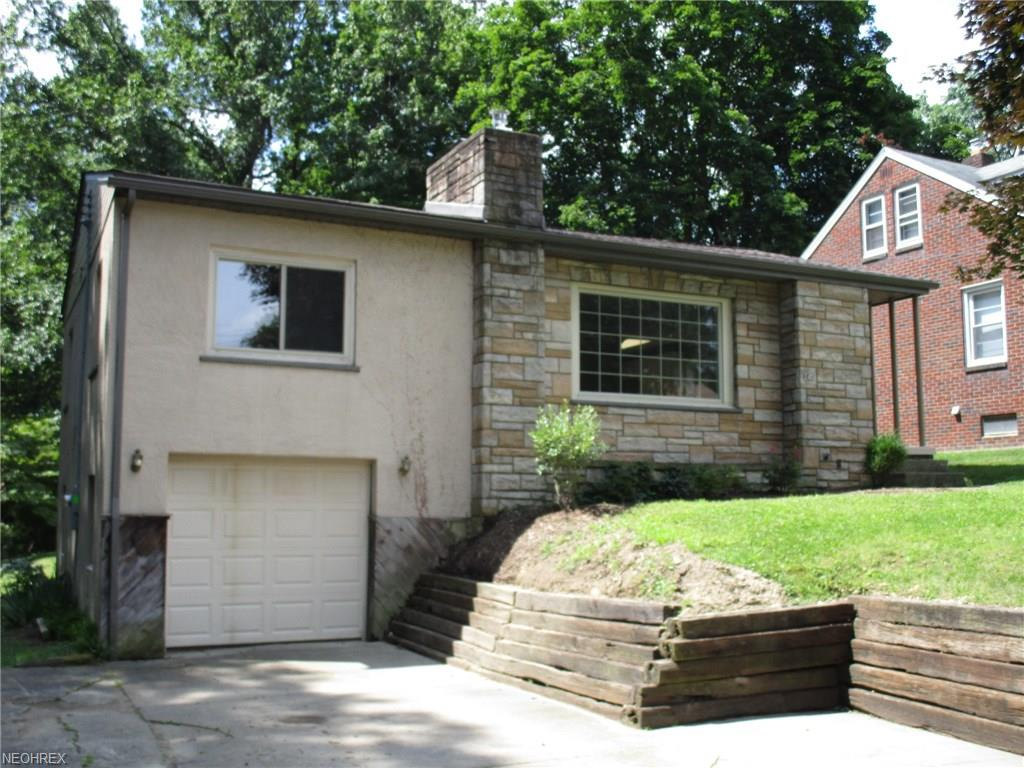 240 Wetmore Dr, Struthers, OH 44471